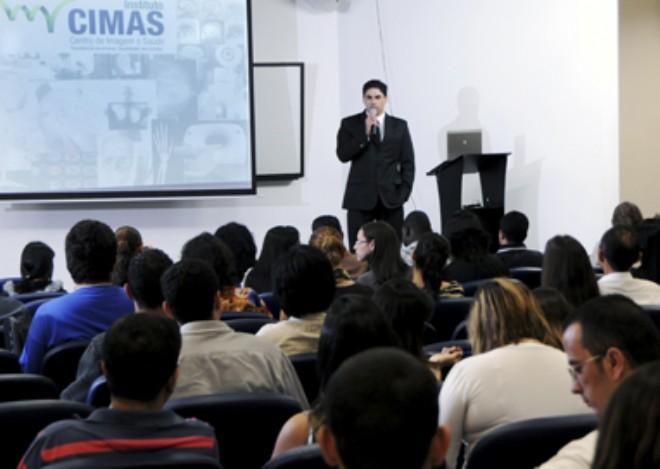 Coordernador Geral do Instituto Cimas Prof. Lucivaldo é convidado para palestrar na Espanha